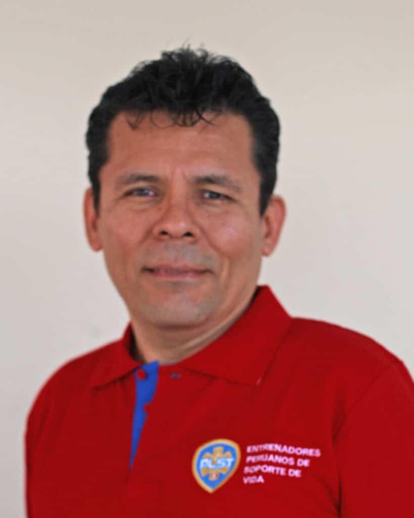 DR. CARLOS LESCANO