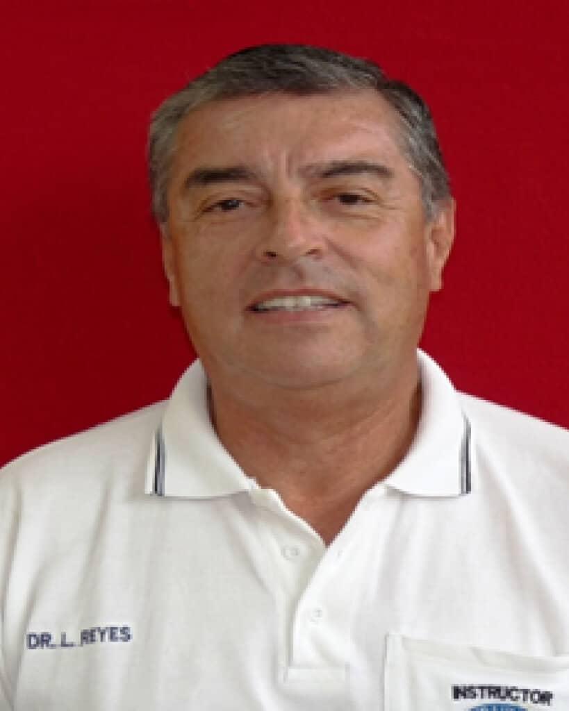 Dr. Luis Reyes Coloma