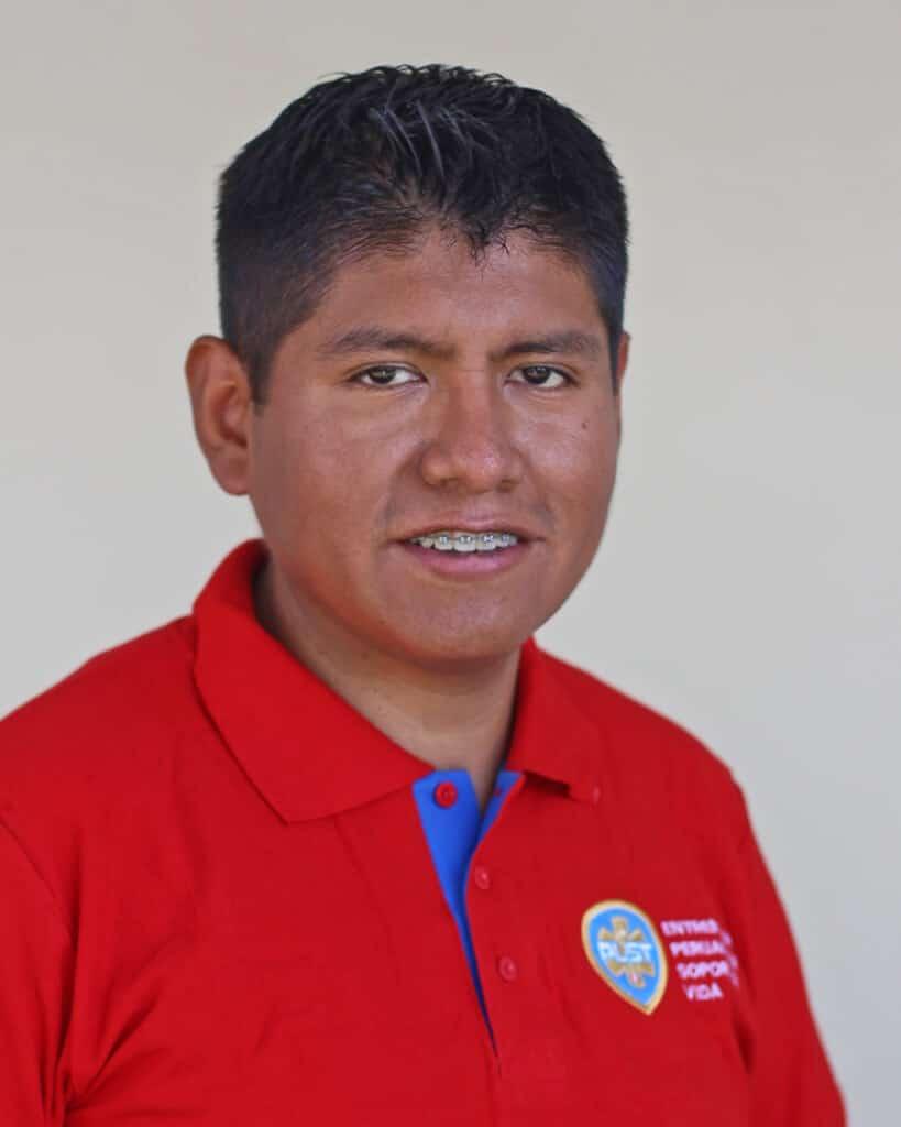Paramed. Pedro Ari S.