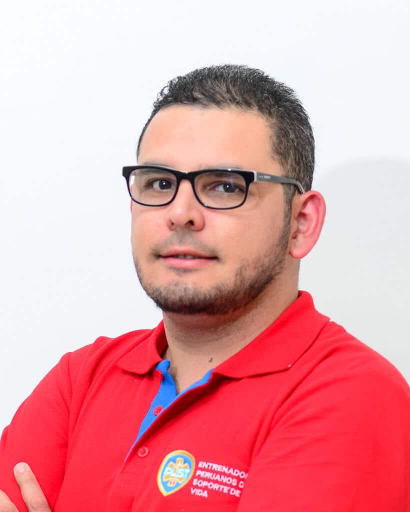 Dr. Renzo Oviedo Felices.2020