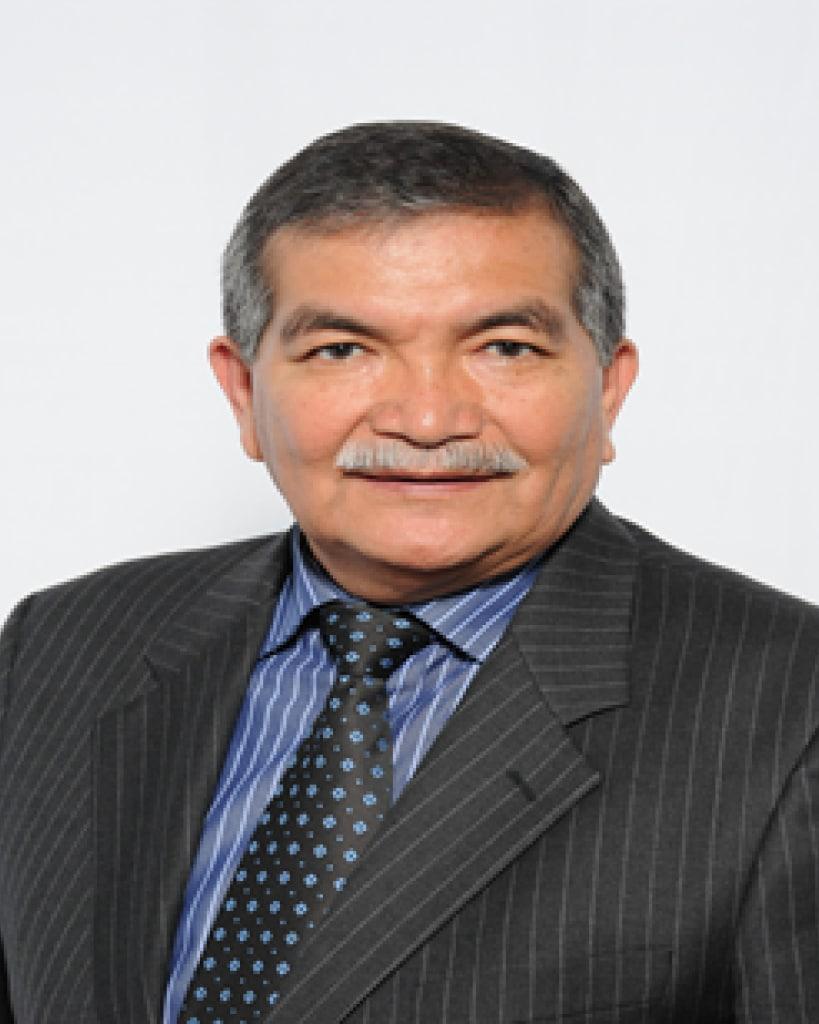 Dr. Renán Ramírez B.